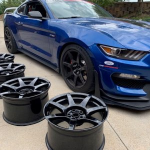 Extra Carbon Fiber Wheels for sale with new TMPS - Cup2 - Caps